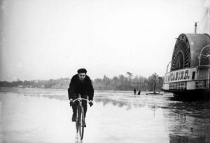 Two River Moment A bicyclist rides on the ice-covered Navesink River past the Seabird Steamboat at Red Bank Dock, what was known as the Steamboat Dock, a precursor to Marine Park. Note the iceboat on the river in this undated photo. Courtesy of Dorn's Classic Images
