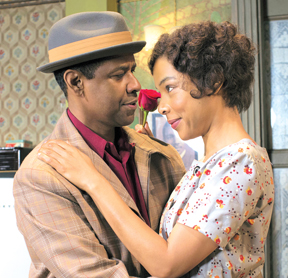 Denzel Washington and Sophie Okonedo as husband and wife in