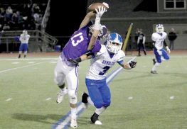 Rumson-Fair Haven wide receiver Trevor Caruso makes an incredible catch in the 4th quarter of the Bulldogs 35-6 win over Carteret.