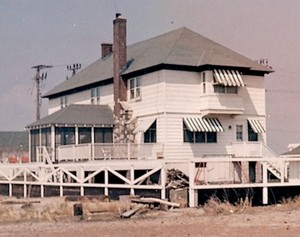 The William Sandlass House in Sea Bright during its prime in the 1950s. The back porch and chimney face the Shrewsbury River. Four generations of the Sandlass family lived in the home. Photo courtesy Susan Sandlass Gardiner